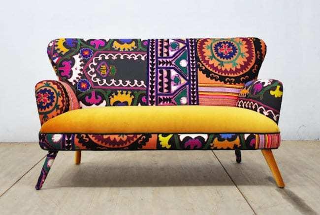 Un canapé coloré